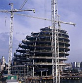 City Hall, Greater London Authority, GLA Building, by Tower Bridge, South Bank, Southwark, London, United Kingdom. Architects Norman Foster and Partners. Engineers Arup. July 2001.