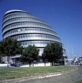 City Hall, Greater London Authority, GLA Building, by Tower Bridge, South Bank, Southwark, London, United Kingdom. Architects Norman Foster and Partners. Engineers Arup.