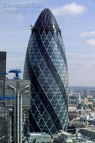 30 St Mary Axe The Gherkin SwissRe building London UK Norman Foster and Partners Architects