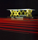 Bus stop at night, city of Hanover, county of lower Saxony