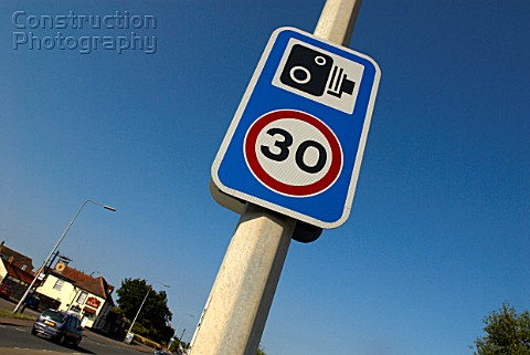 Speed Limit and CCTV Road Surveillance sign UK