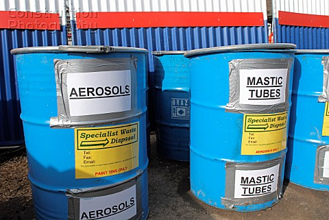 waste segregation of mastic tubes and aerosols on a building site