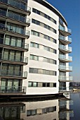 Waterside apartments by Thames River, East Beckton, Thames Gateway, London, UK, 2008