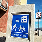 Home Zone area on a new housing site at the South Lynn Millennium community development in Kings Lynn, one of seven UK sites set up in conjunction with English Partnerships and Local Government (CLG) which provide innovative homes in an environmentally friendly surrounding