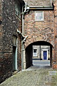 Alleyway in the medieval part of Kings Lynn, Norfolk, UK
