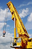 Telescopic mobile crane