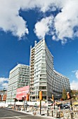 one park west apartments Liverpool One, The Strand, Chavasse Park, architect Cesar Pelli