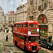 London bus in Piccadilly Circus, London, UK.