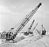 Cranes on the Karakum Canal construction site in the Kara Kum desert, Turkmenistan, USSR, 1983