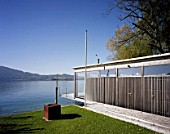 Bath house, Weyregg am Attersee, Austria, architect Luger & Maul, 2002