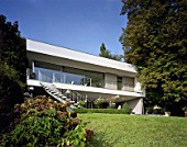 Residential housing, Seewalchen am Attersee, Austria, architects Dominik Aichinger, 1994