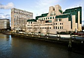 MI6 building, headquarters of the british intelligence service, located at 85 Albert Embankment on the river Thames. Designed by Terry Farrell and built by John Laing in 1987.