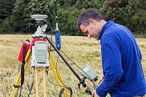 A differential GPS being used in real time kinematic survey to survey the extent of the Durham canyo