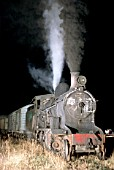Night shunting at Olavarria with Argentinian Railways 11B Class 2-8-0 No.4199 built by Vulcan Foundry Lancs in 1931 for the Buenos Aires & Great Southern Railway.