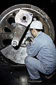 Detailed measurements of locomotive driving axels at Datong Locomotive Works China. January 1984.