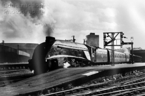 During the early 1960s some Gresley A4s were transferred to Scotland for working expresses between G