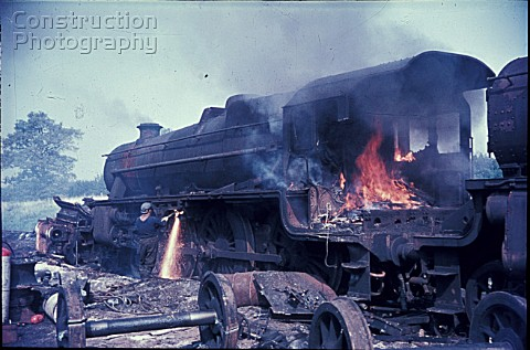 Cutting up Stanier Black 5 Class 460s in 1968 at Cohens scrapyard located near Kettering on the form