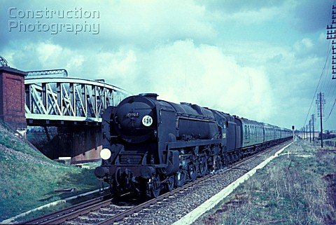 Merchant Navy Class Pacific No35007 Aberdeen Commonwealth passes Battledown Flyover at the head of a