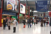 Liverpool Lime Street Station. View of concourse looking towards Skelhorne St. January 2005.
