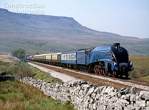 Streamline Express No4498 Sir Nigel Gresley at Ais Gill summit enroute from Appleby to Leeds with  W